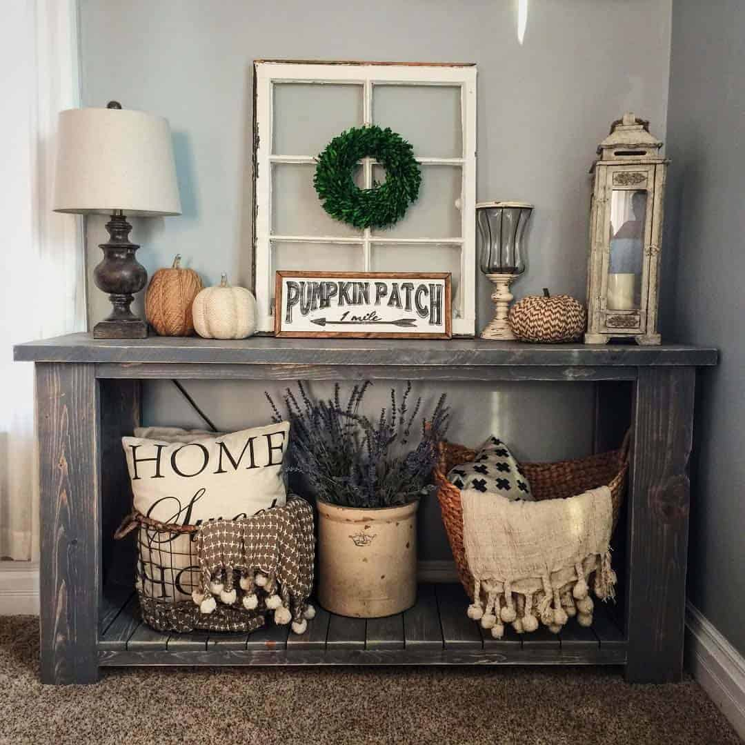 Farmhouse-Fall-Decorating-Ideas-05-1-kindesign