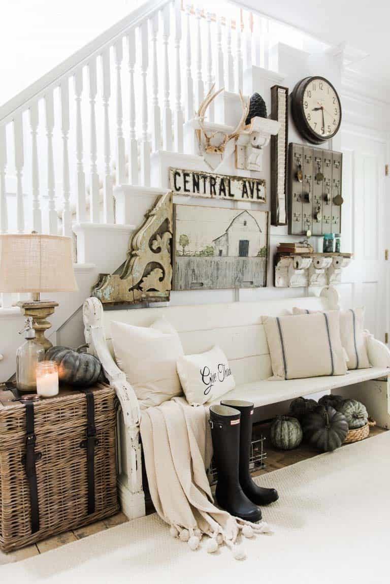 farmhouse-fall-decorating-ideas-17-1-kindesign