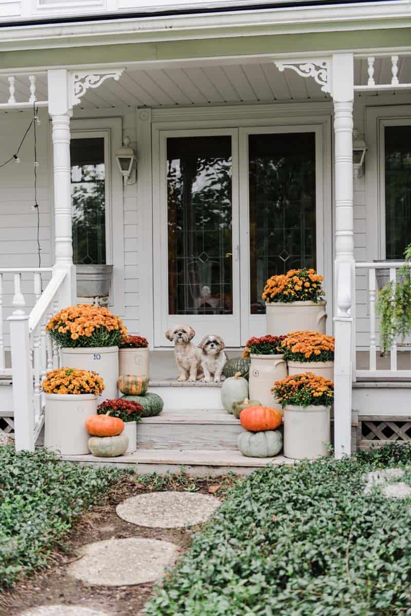 Farmhouse Fall Decorating Ideas 21 1 Kindesign
