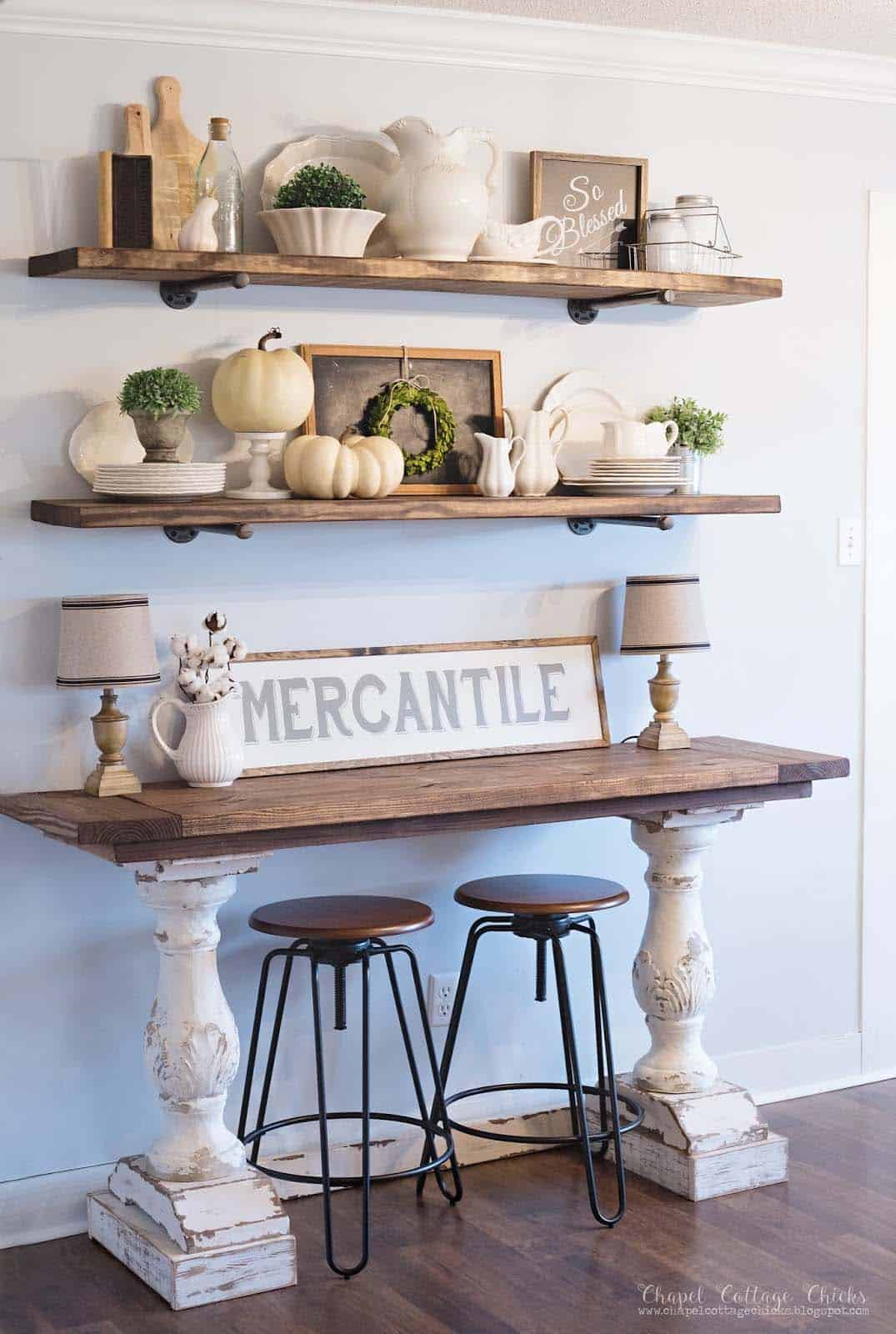 farmhouse-fall-decorating-ideas-22-1-kindesign