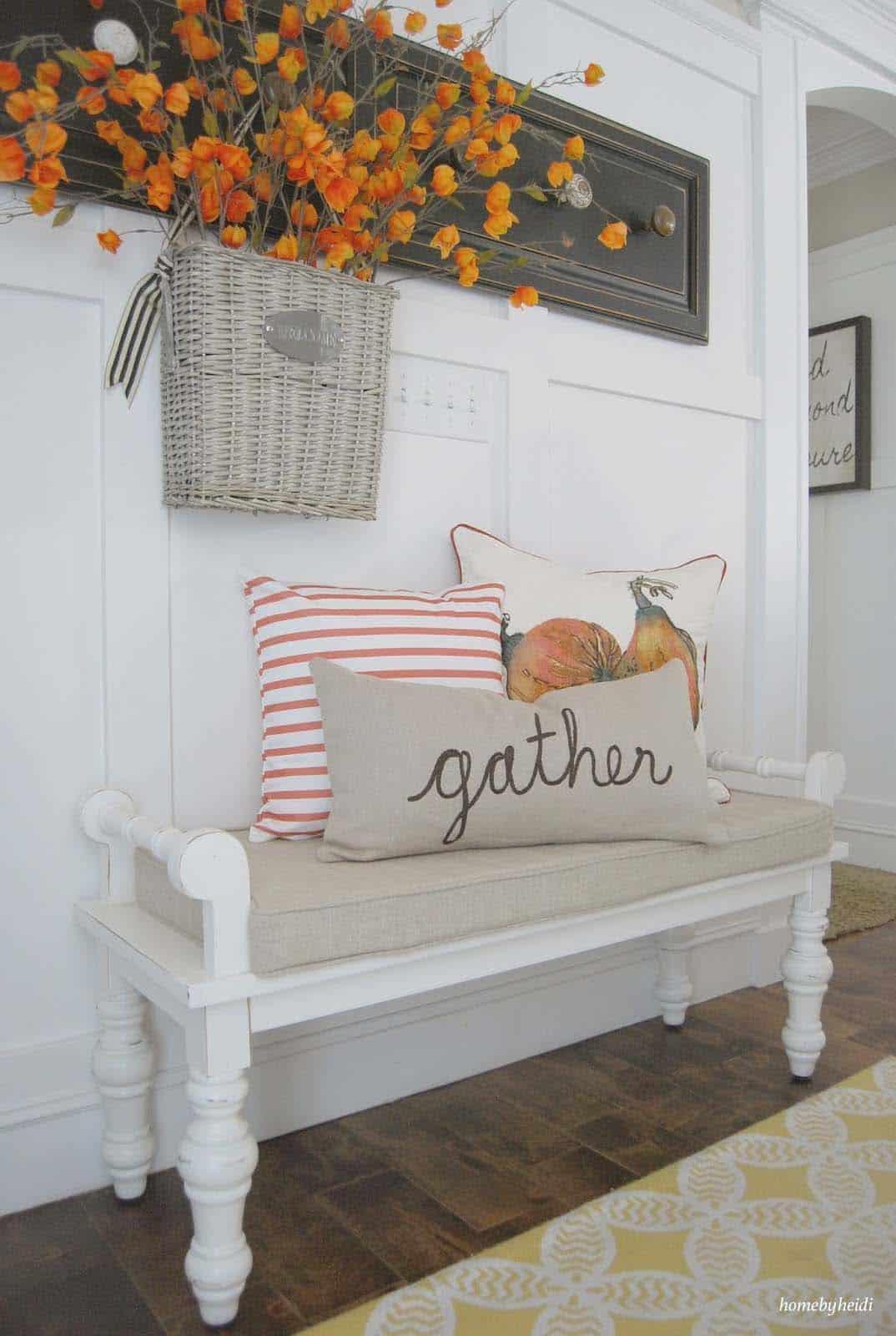 farmhouse-fall-decorating-ideas-23-1-kindesign