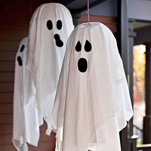 halloween-front-door-decorating-ideas-10-1-kindesign