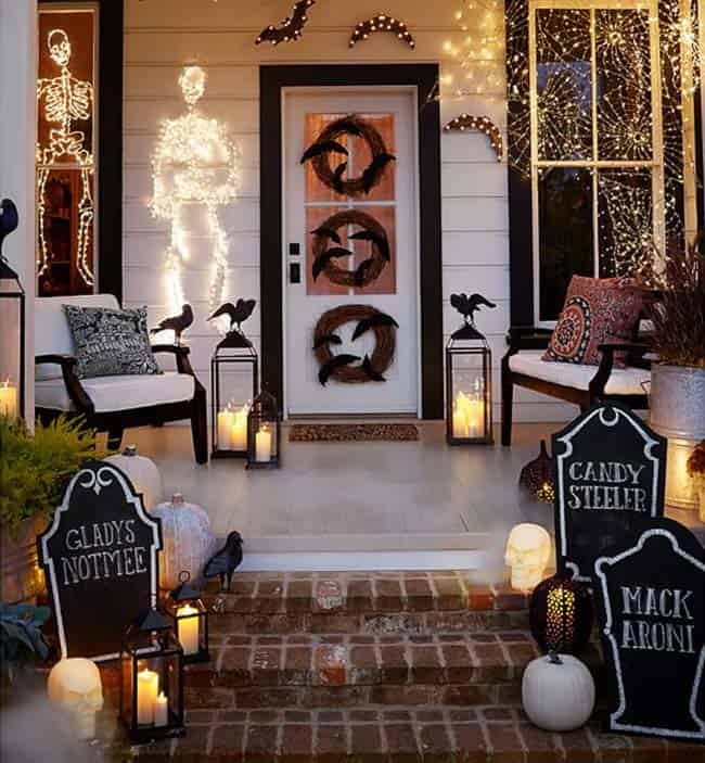 halloween-front-door-decorating-ideas-26-1-kindesign