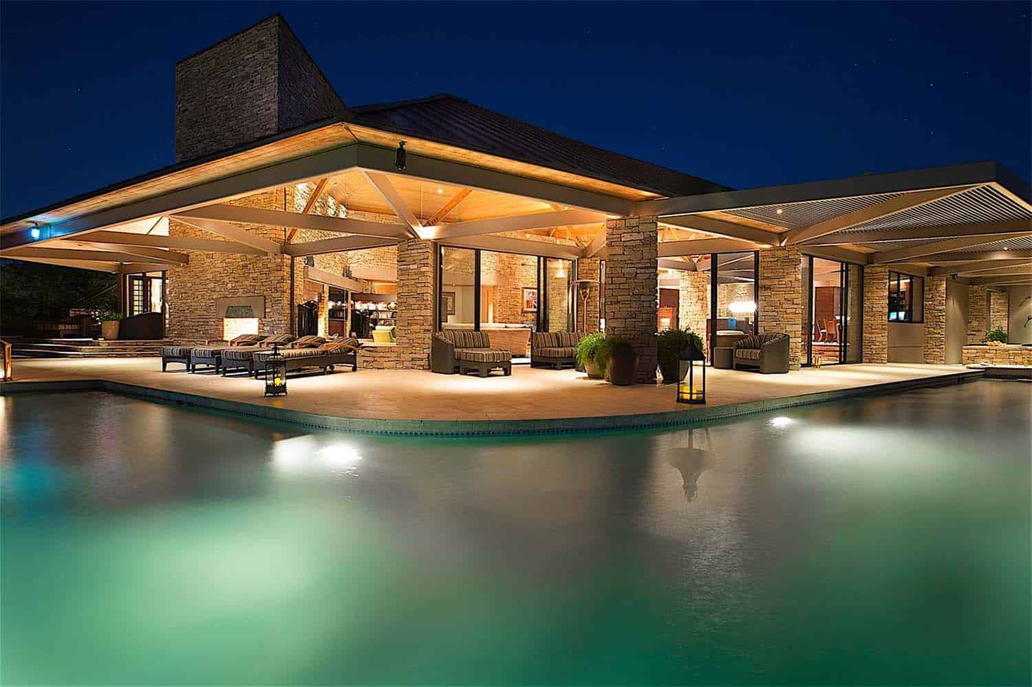 An exquisitely designed luxury dream home in henderson nevada for Luxury home architect