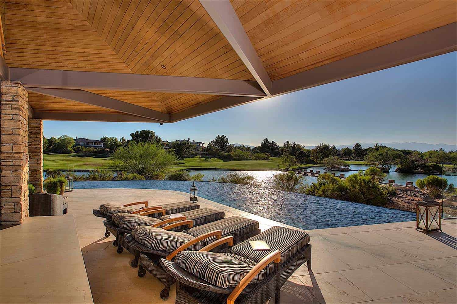 luxury-contemporary-home-design-gordon-rogers-39-1-kindesign