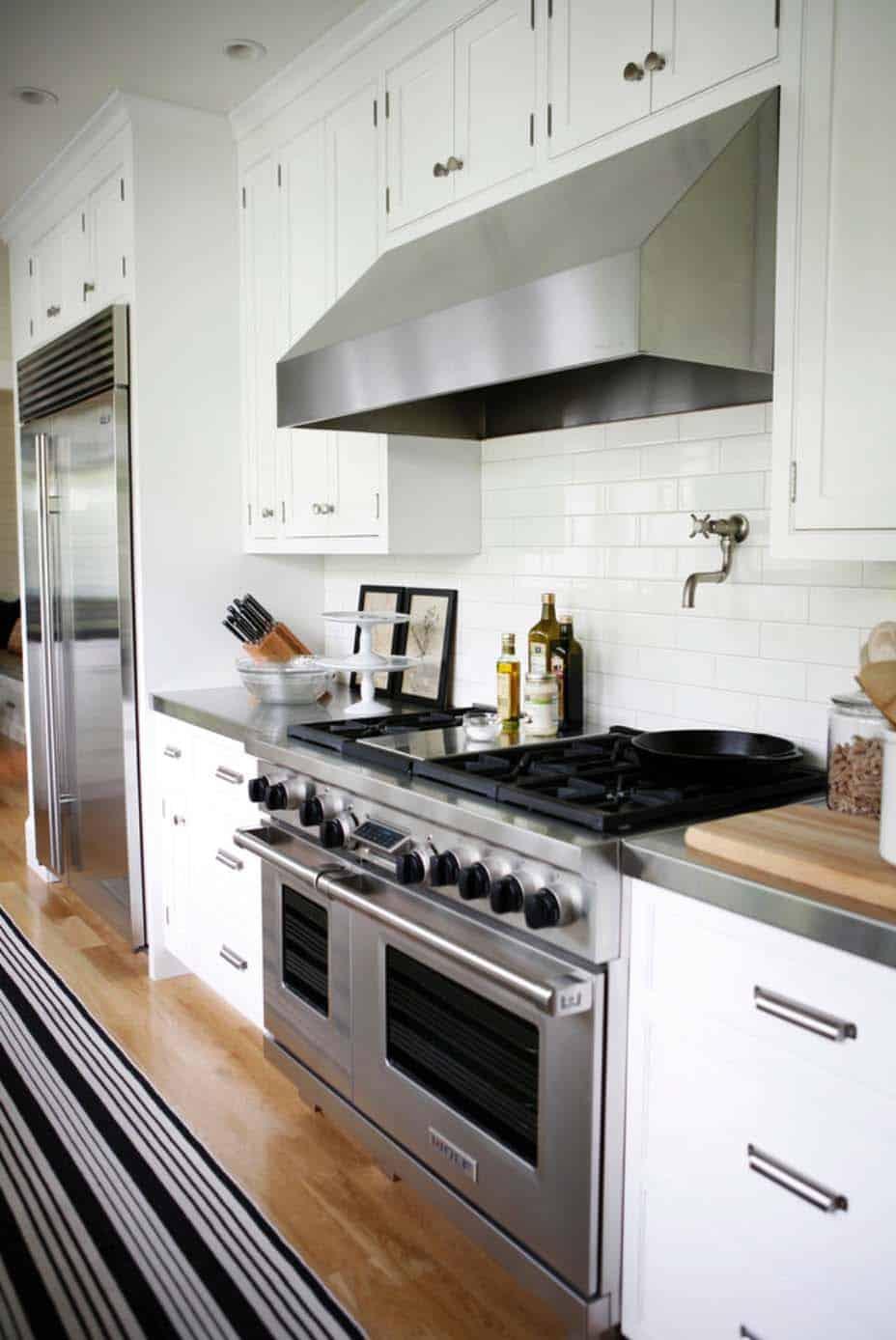 modern-farmhouse-design-ben-trogdon-architects-012-1-kindesign