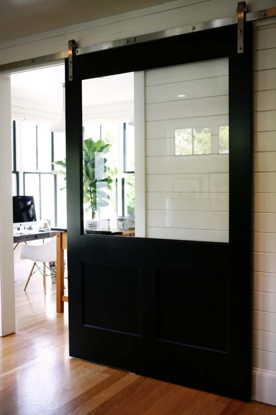 modern-farmhouse-design-ben-trogdon-architects-015-1-kindesign