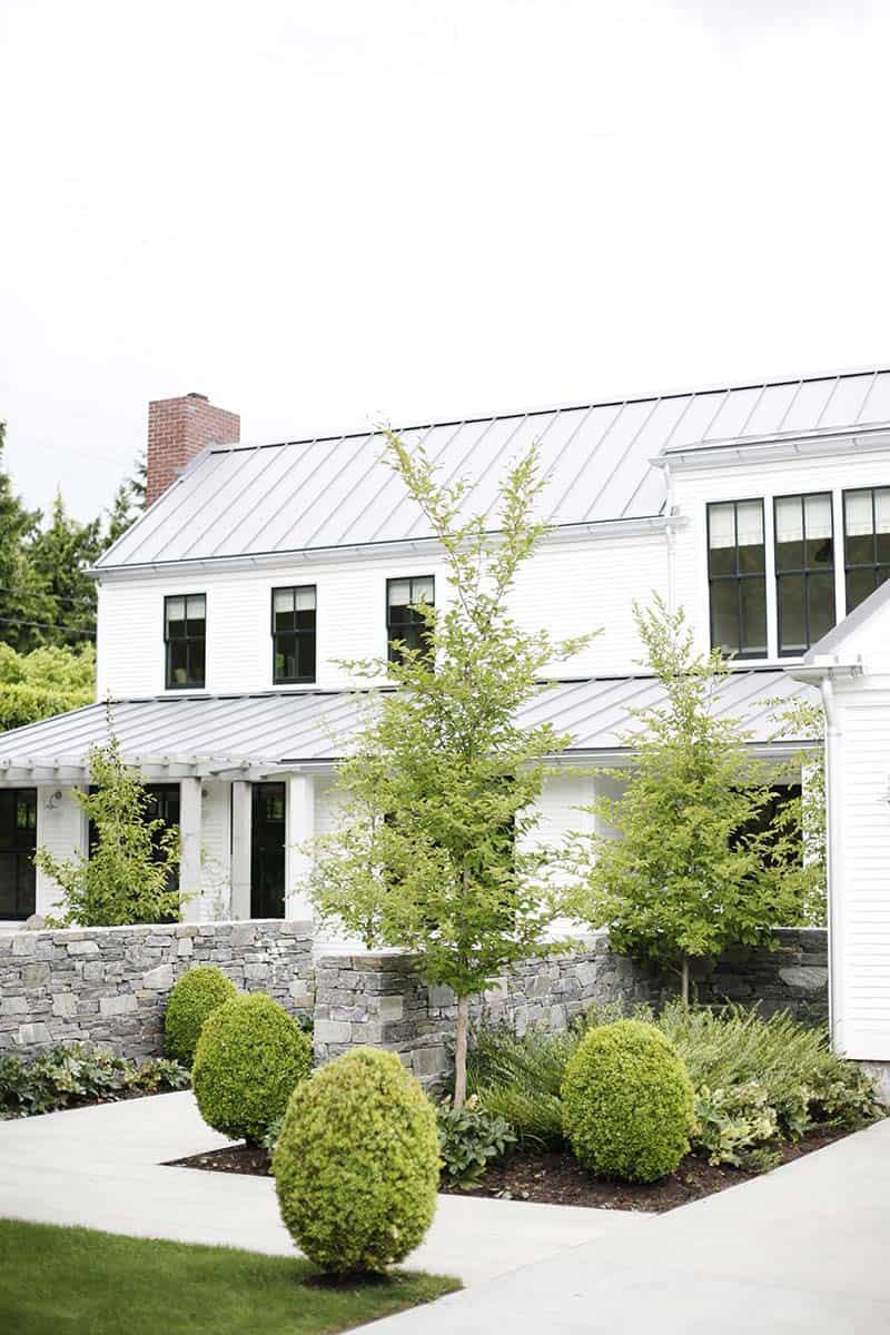 modern-farmhouse-design-ben-trogdon-architects-02-1-kindesign