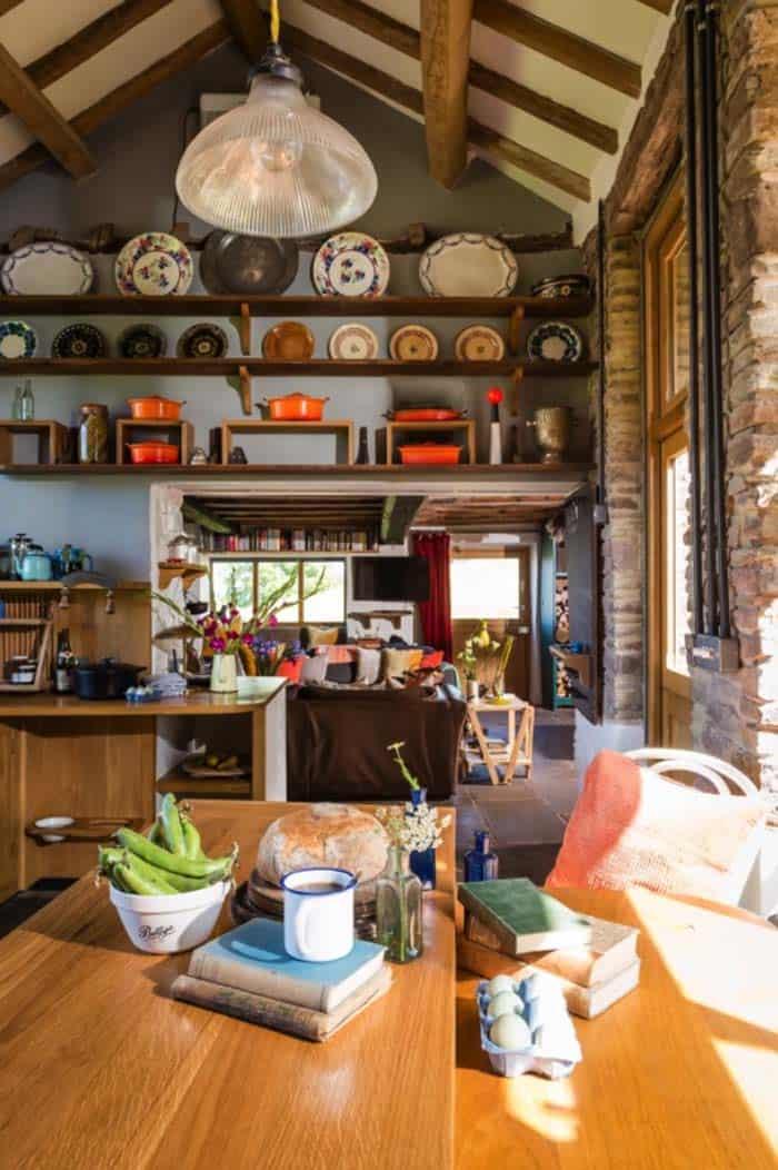 modern-rustic-cottage-herefordshire-08-1-kindesign