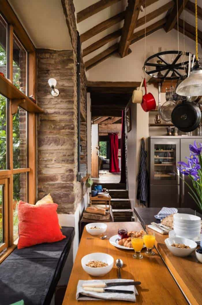 modern-rustic-cottage-herefordshire-09-1-kindesign