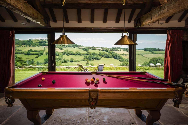modern-rustic-cottage-herefordshire-12-1-kindesign