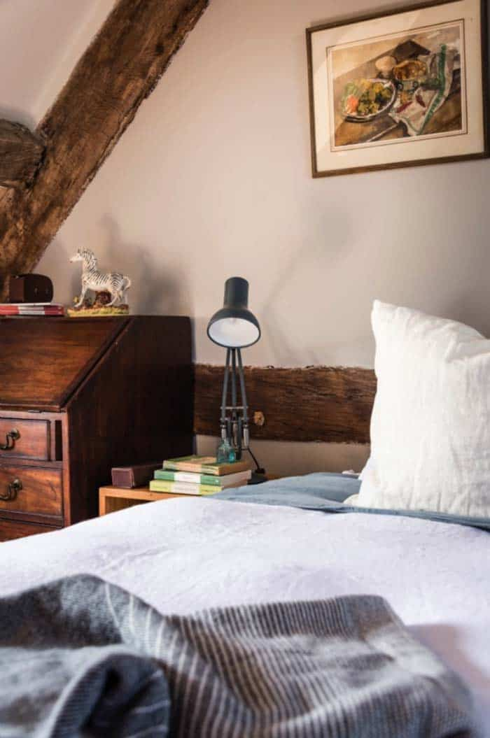 modern-rustic-cottage-herefordshire-21-1-kindesign
