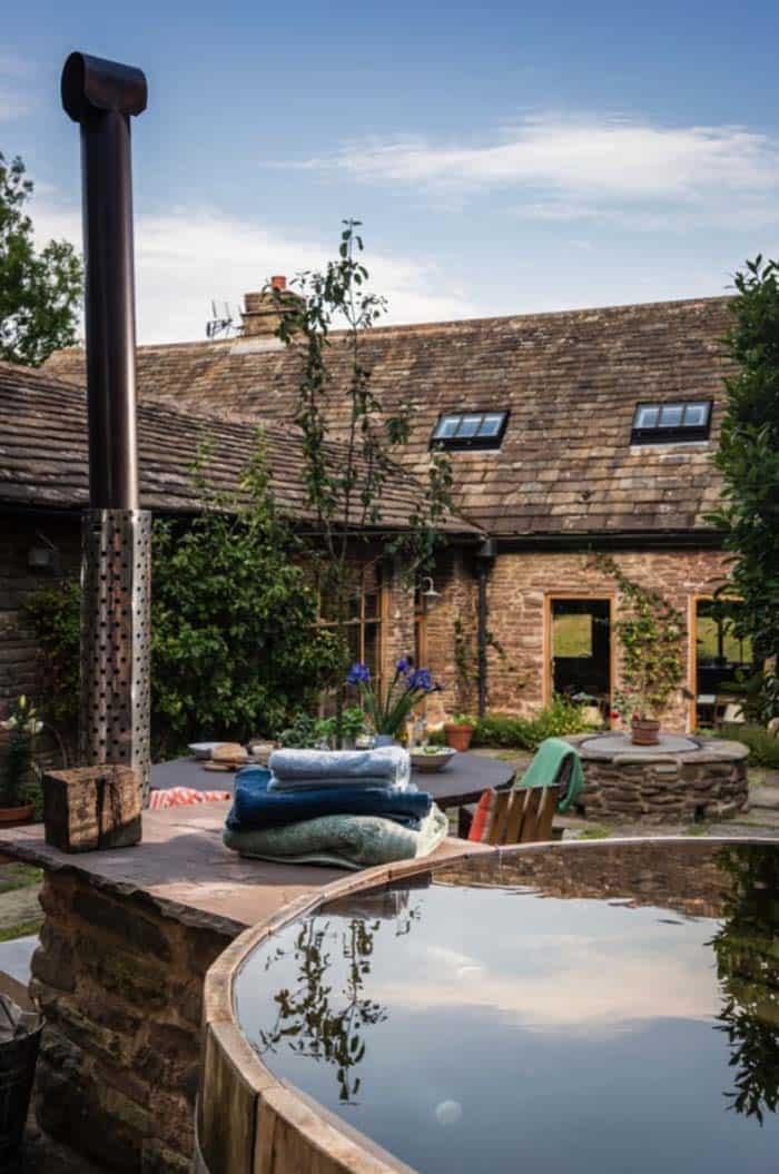 modern-rustic-cottage-herefordshire-31-1-kindesign