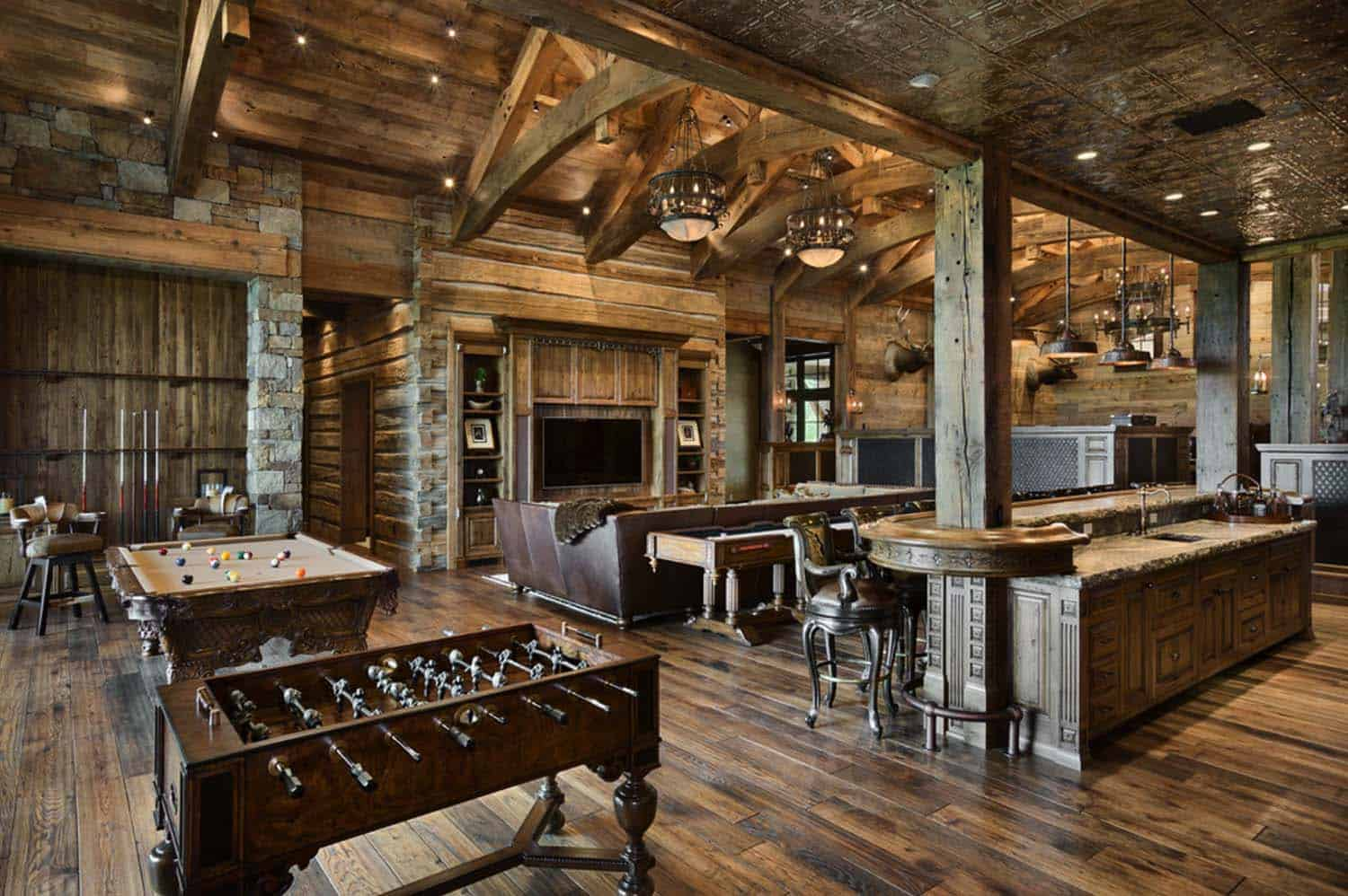 rustic-mountain-home-locati-architects-12-1-kindesign