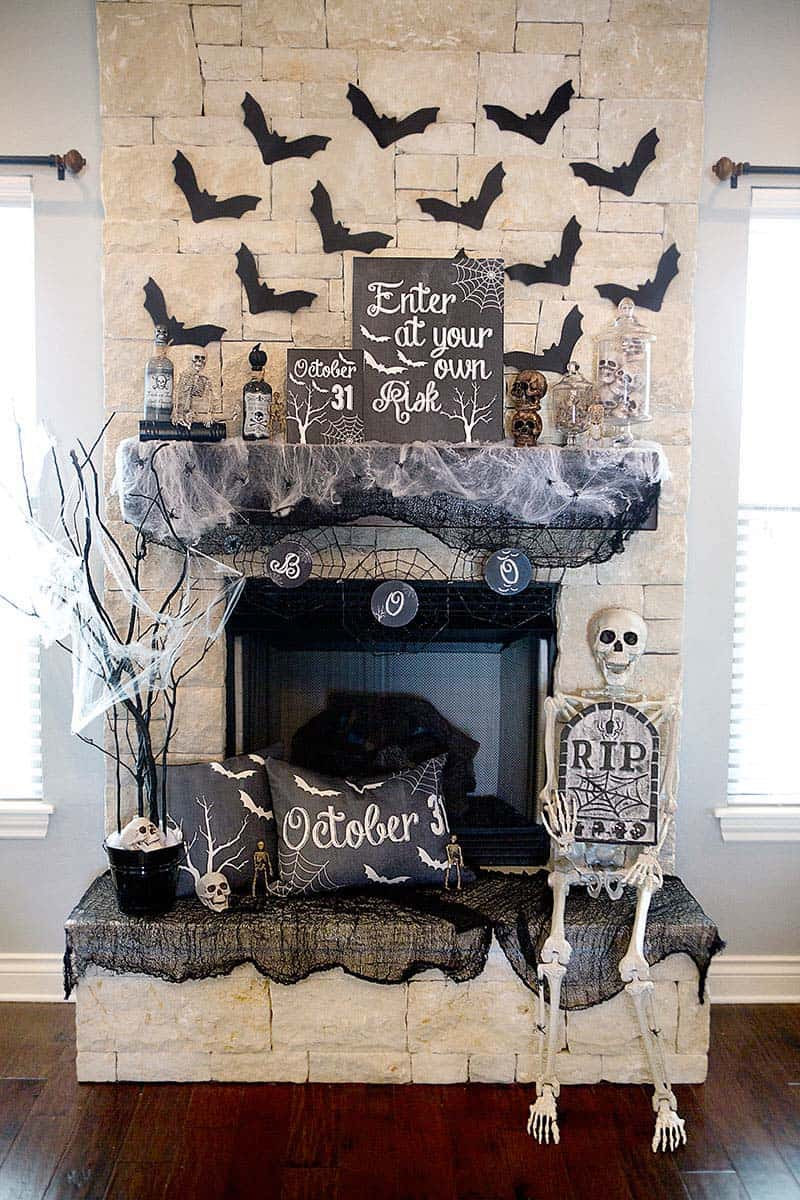 40 Spooktacular Halloween Mantel Decorating Ideas
