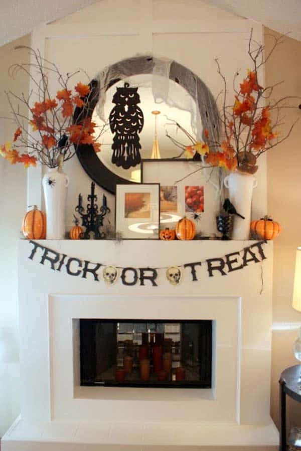 spooky-halloween-mantel-decorating-ideas-03-1-kindesign