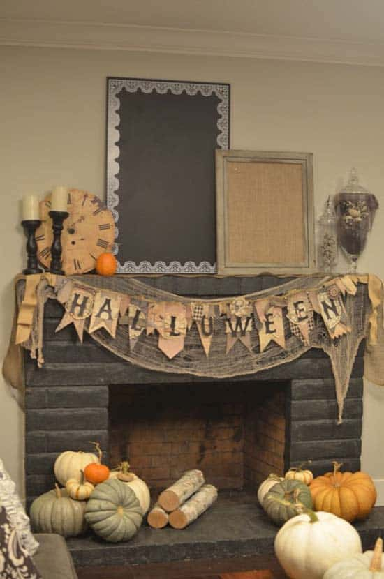 spooky-halloween-mantel-decorating-ideas-11-1-kindesign