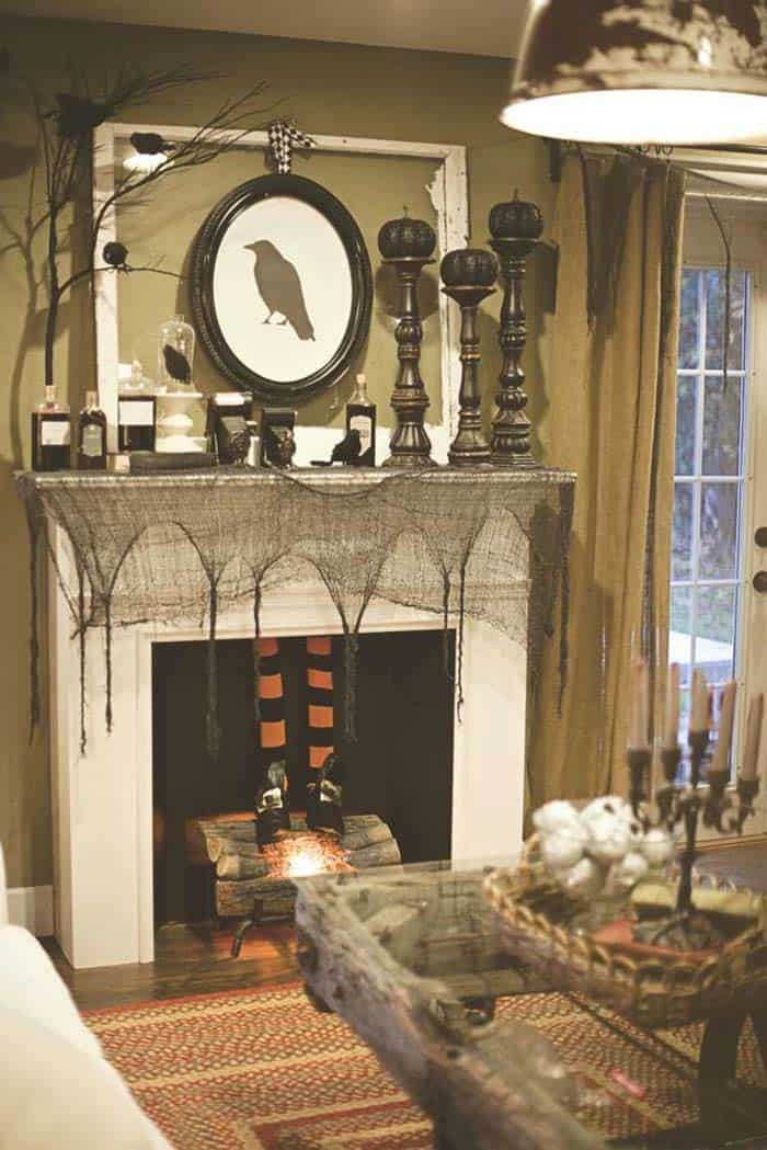 Spooky Halloween Mantel Decorating Ideas 12 1 Kindesign Part 98