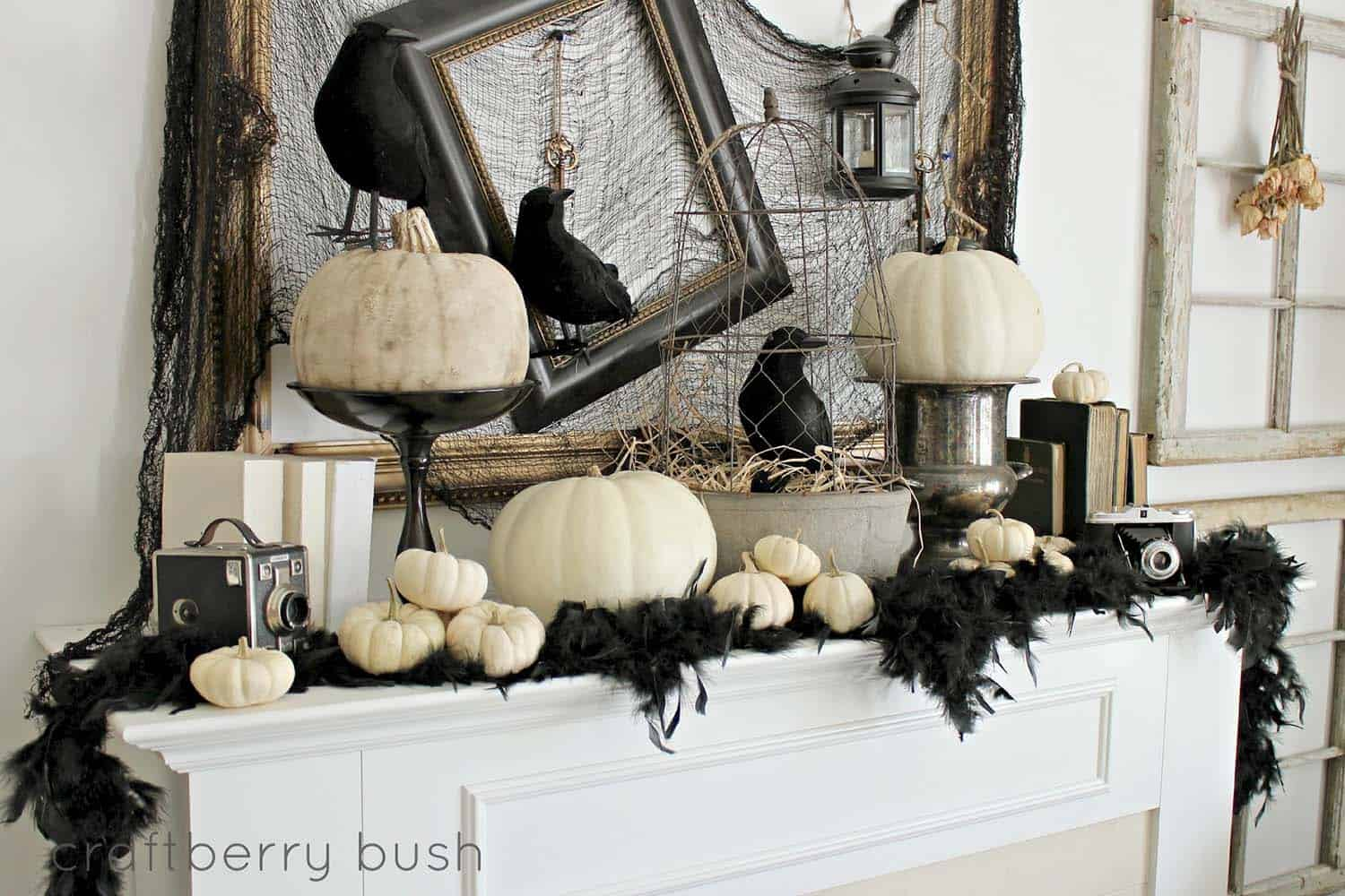 spooky-halloween-mantel-decorating-ideas-17-1-kindesign