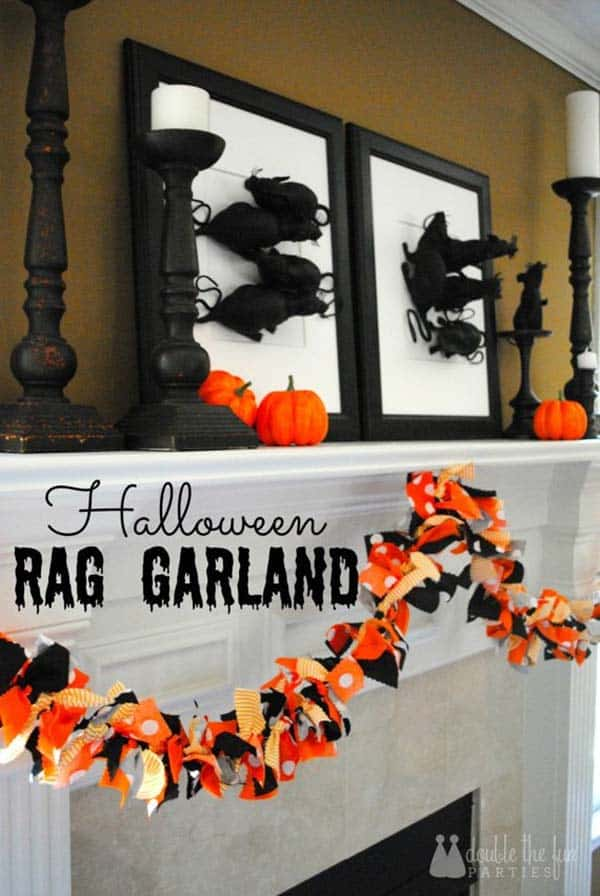 spooky-halloween-mantel-decorating-ideas-19-1-kindesign