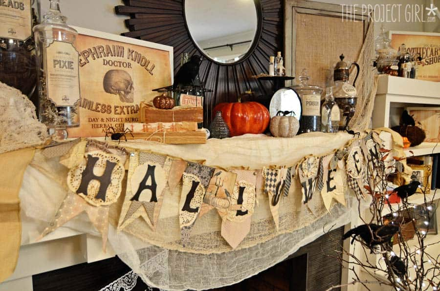 spooky-halloween-mantel-decorating-ideas-24-1-kindesign