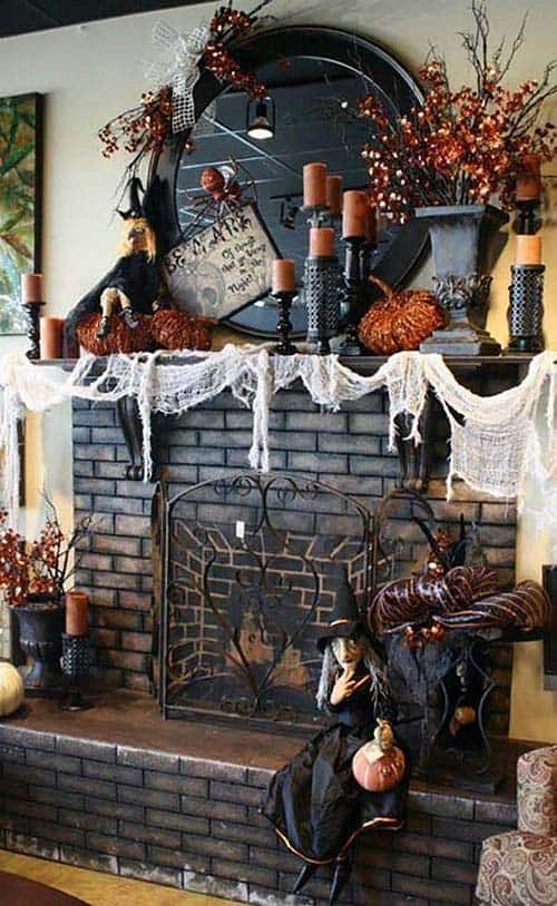 Spooky Halloween Mantel Decorating Ideas 30 1 Kindesign