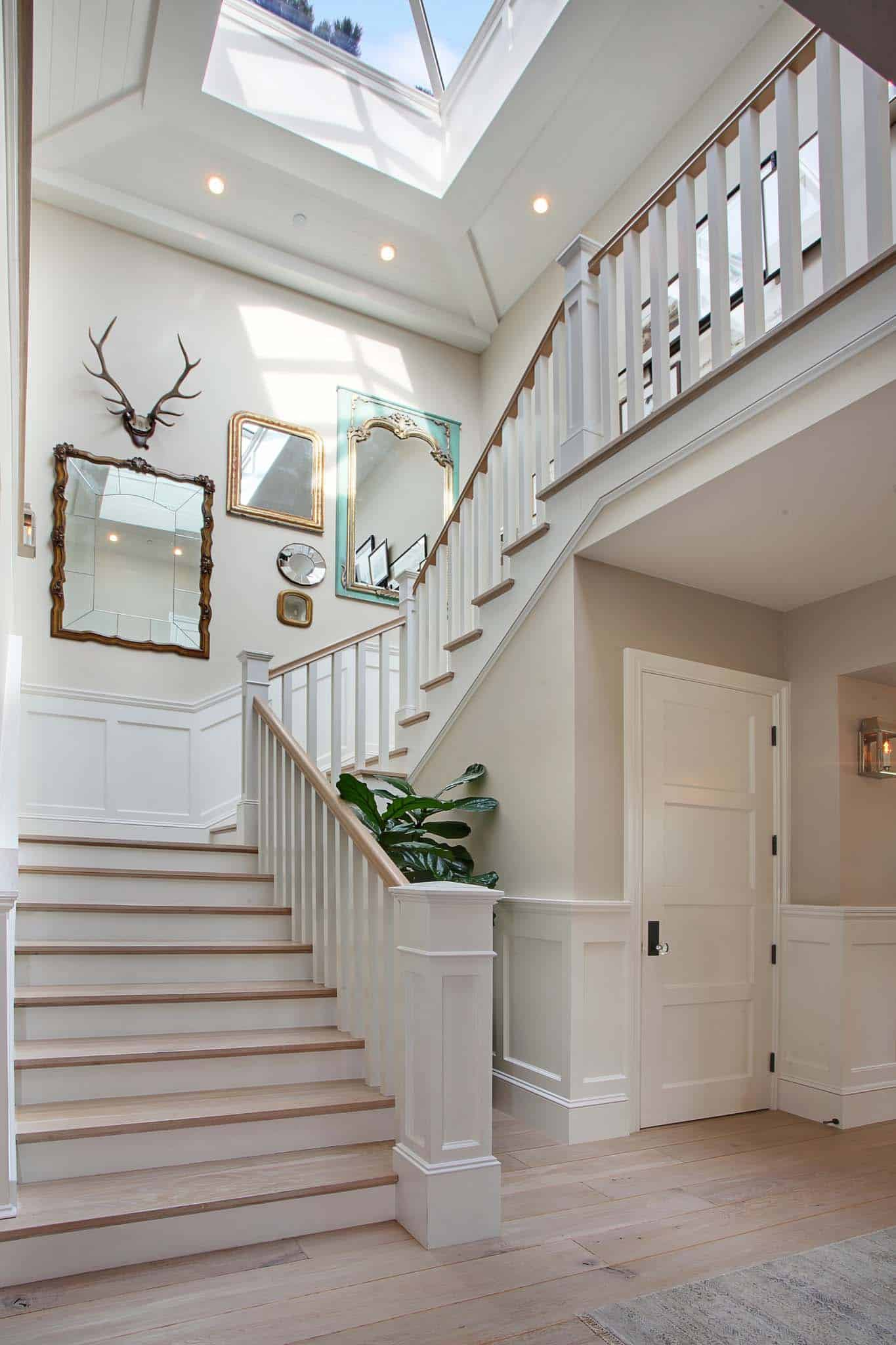 traditional-style-home-patterson-custom-homes-03-1-kindesign