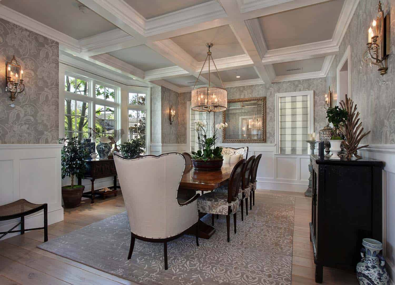 traditional-style-home-patterson-custom-homes-10-1-kindesign