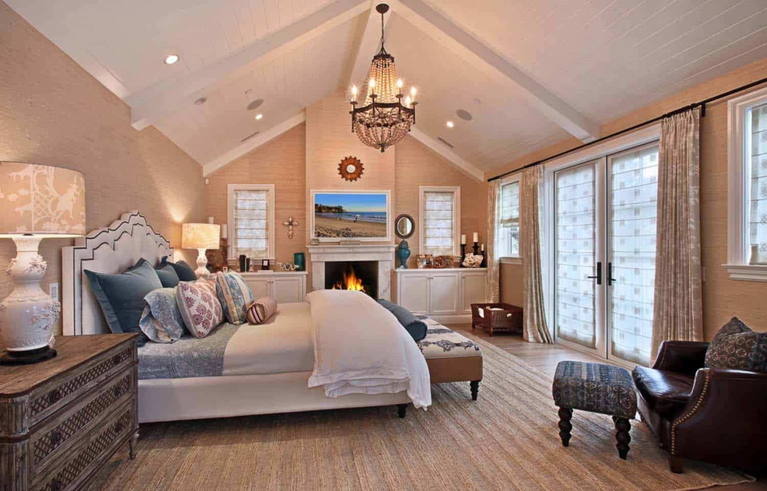 traditional-style-home-patterson-custom-homes-18-1-kindesign