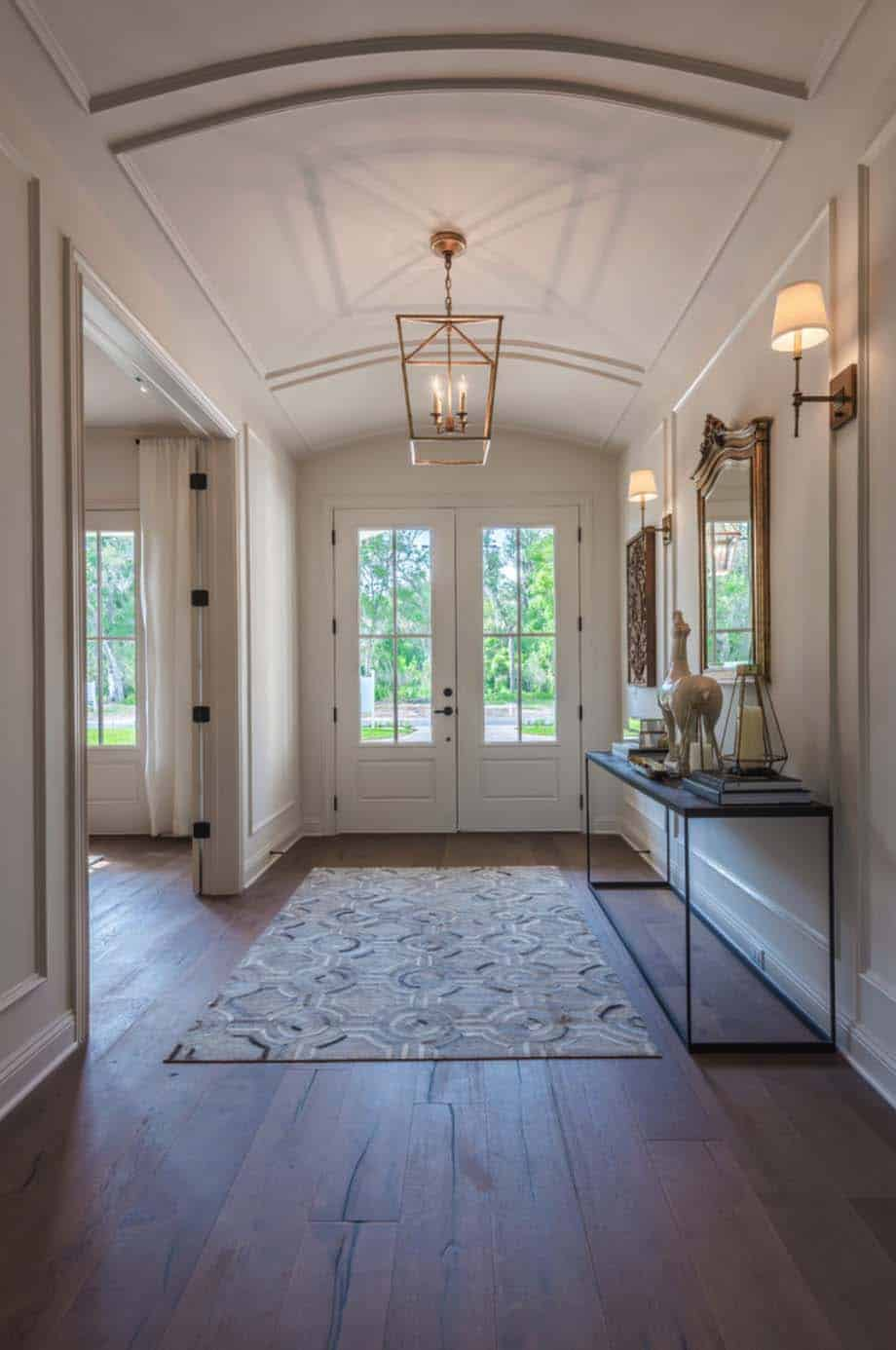 transitional-style-model-home-cottage-home-company-05-1-kindesign