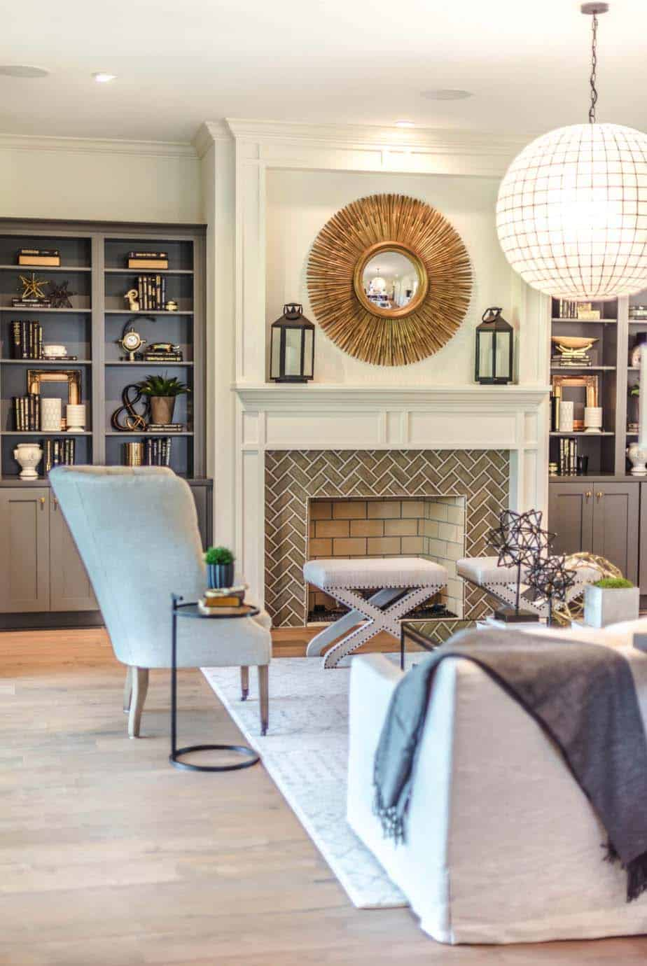 transitional-style-model-home-cottage-home-company-10-1-kindesign