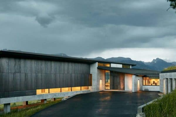 featured posts image for Modern mountain retreat melds into the Teton Mountain Range