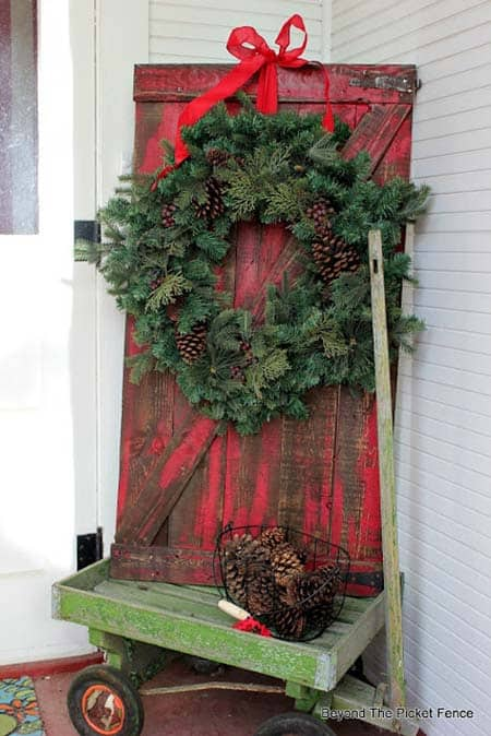 christmas-decor-ideas-rustic-country-05-1-kindesign