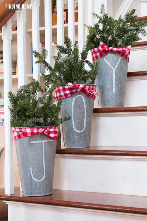 christmas-decor-ideas-rustic-country-10-1-kindesign