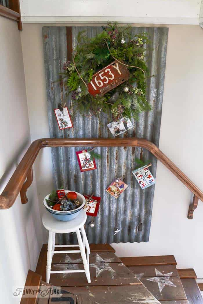 40 fabulous rustic country christmas decorating ideas Home decorating ideas using junk