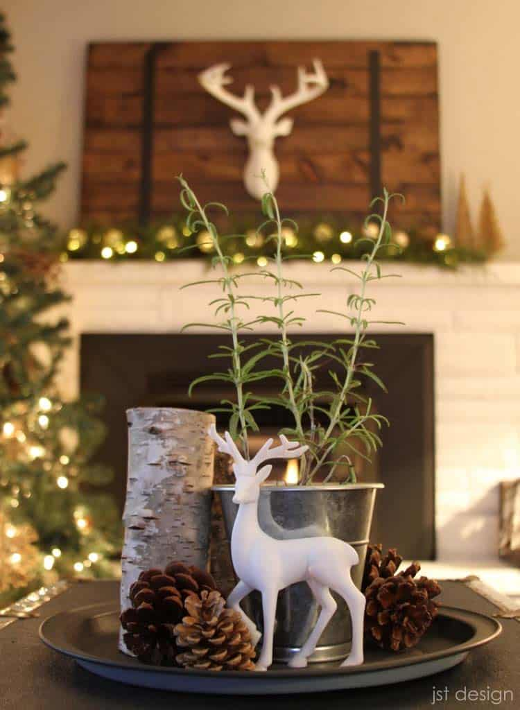 christmas-decor-ideas-rustic-country-36-1-kindesign