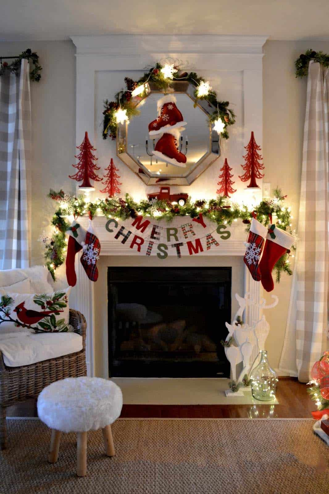 Uncategorized Christmas Decorated Living Room 30 fabulous christmas decorated living rooms to inspire 05 1 kindesign