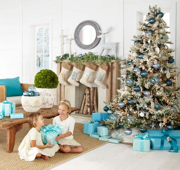coastal christmas tree decorating ideas 01 1 kindesign