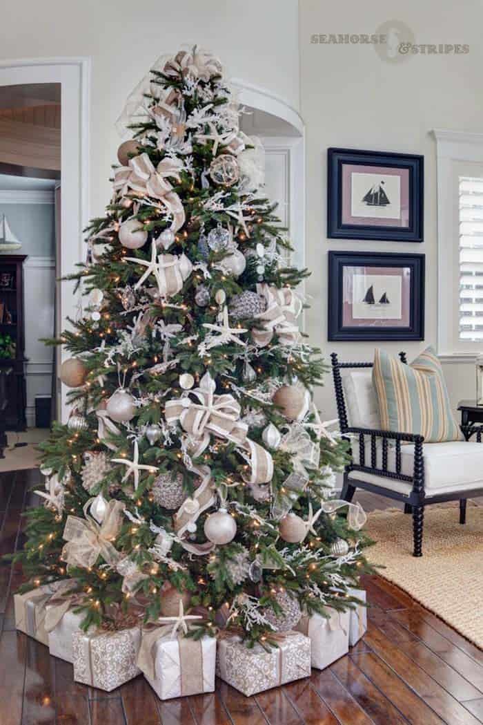 coastal christmas tree decorating ideas 02 1 kindesign - Coastal Christmas Decorations For Sale