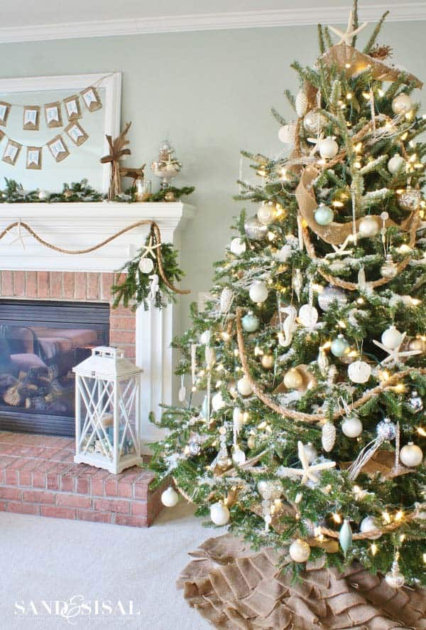 coastal christmas tree decorating ideas 11 1 kindesign