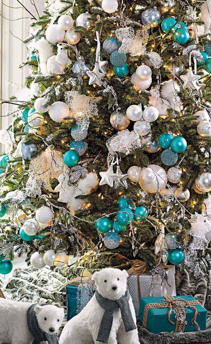 coastal christmas tree decorating ideas 14 1 kindesign - Turquoise Christmas Tree Decorations
