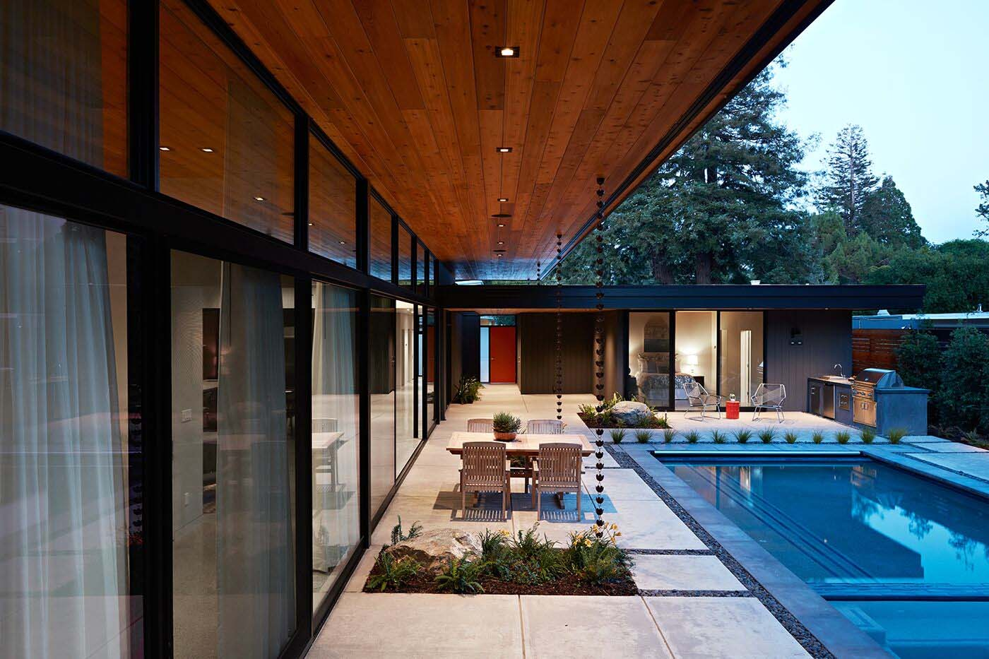 glass-wall-house-klopf-architecture-02-1-kindesign-jpg