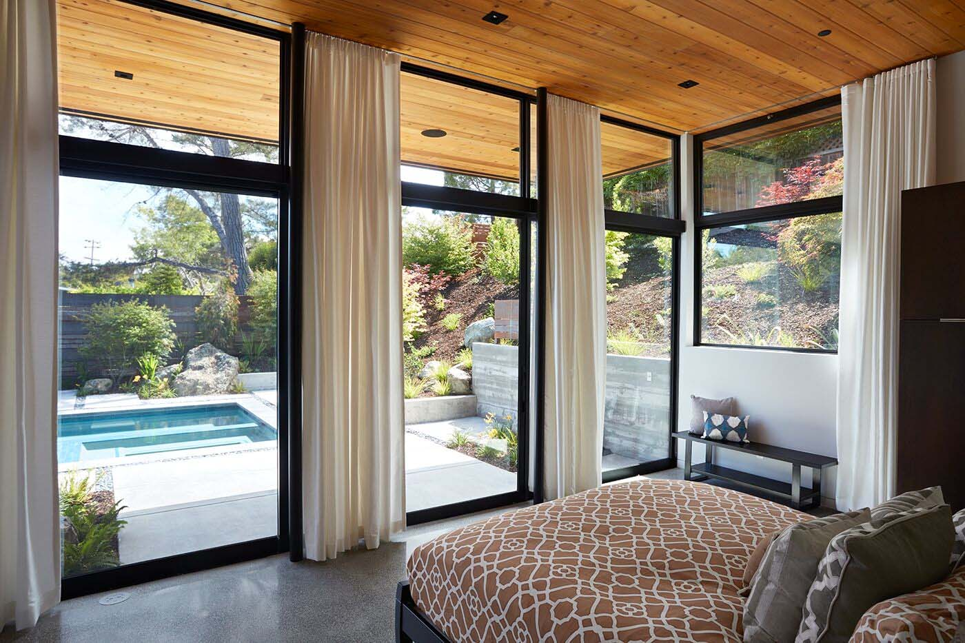 glass-wall-house-klopf-architecture-09-1-kindesign-jpg