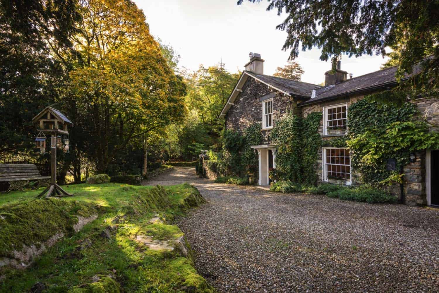 luxury-private-homestay-winterfell-cumbria-01-1-kindesign