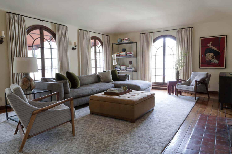 mediterranean-style-home-disc-interiors-02-1-kindesign