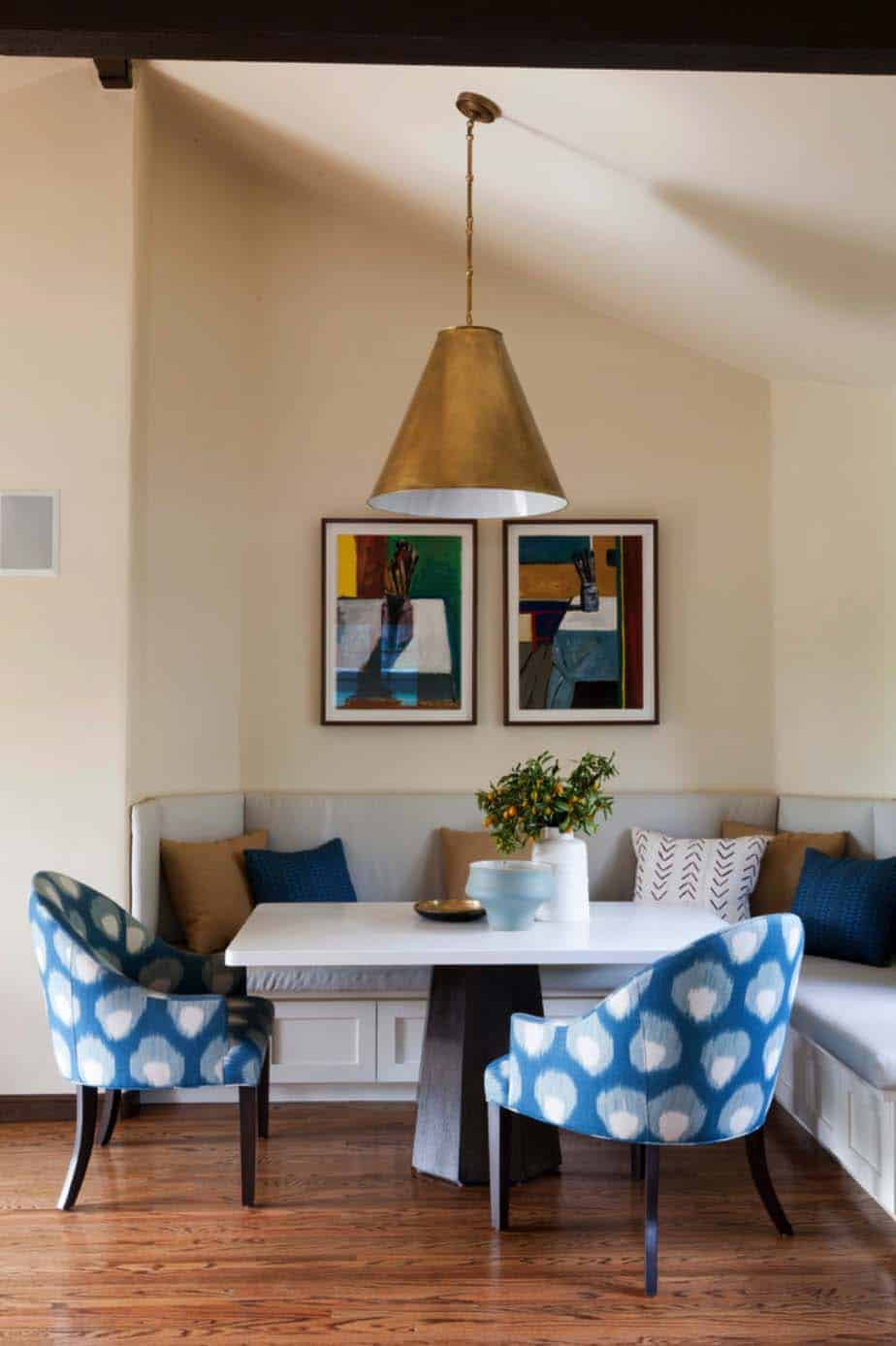mediterranean-style-home-disc-interiors-04-1-kindesign