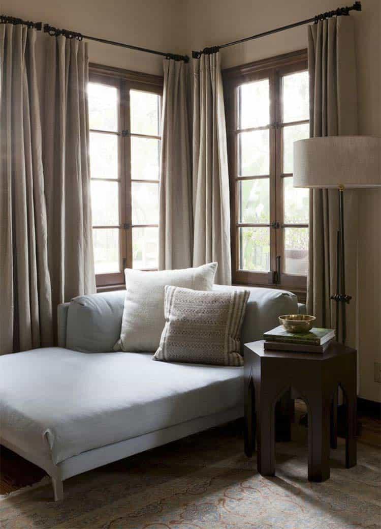 mediterranean-style-home-disc-interiors-12-1-kindesign