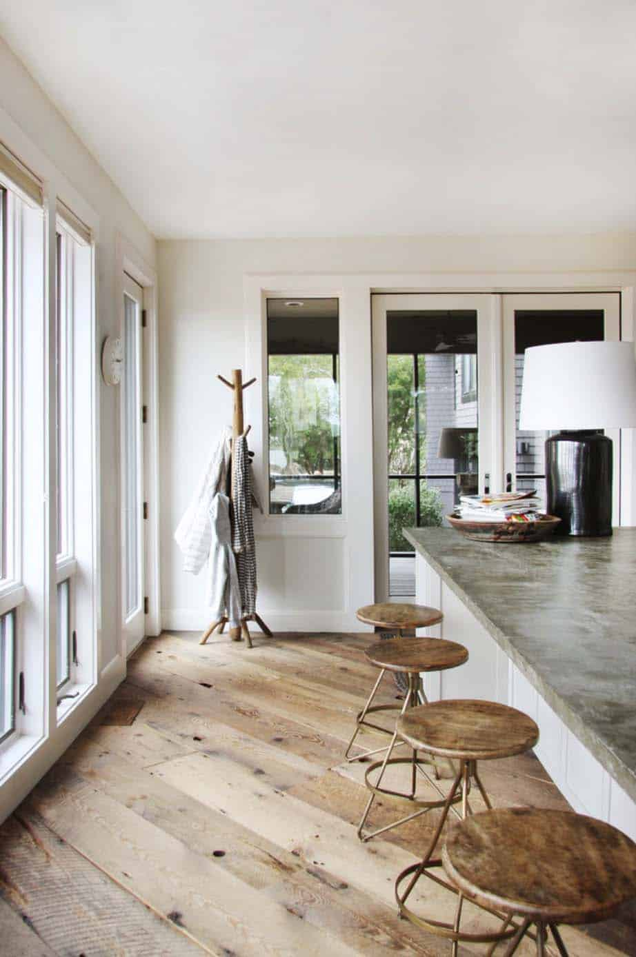 modern-beach-house-lisa-sherry-interieurs-13-1-kindesign