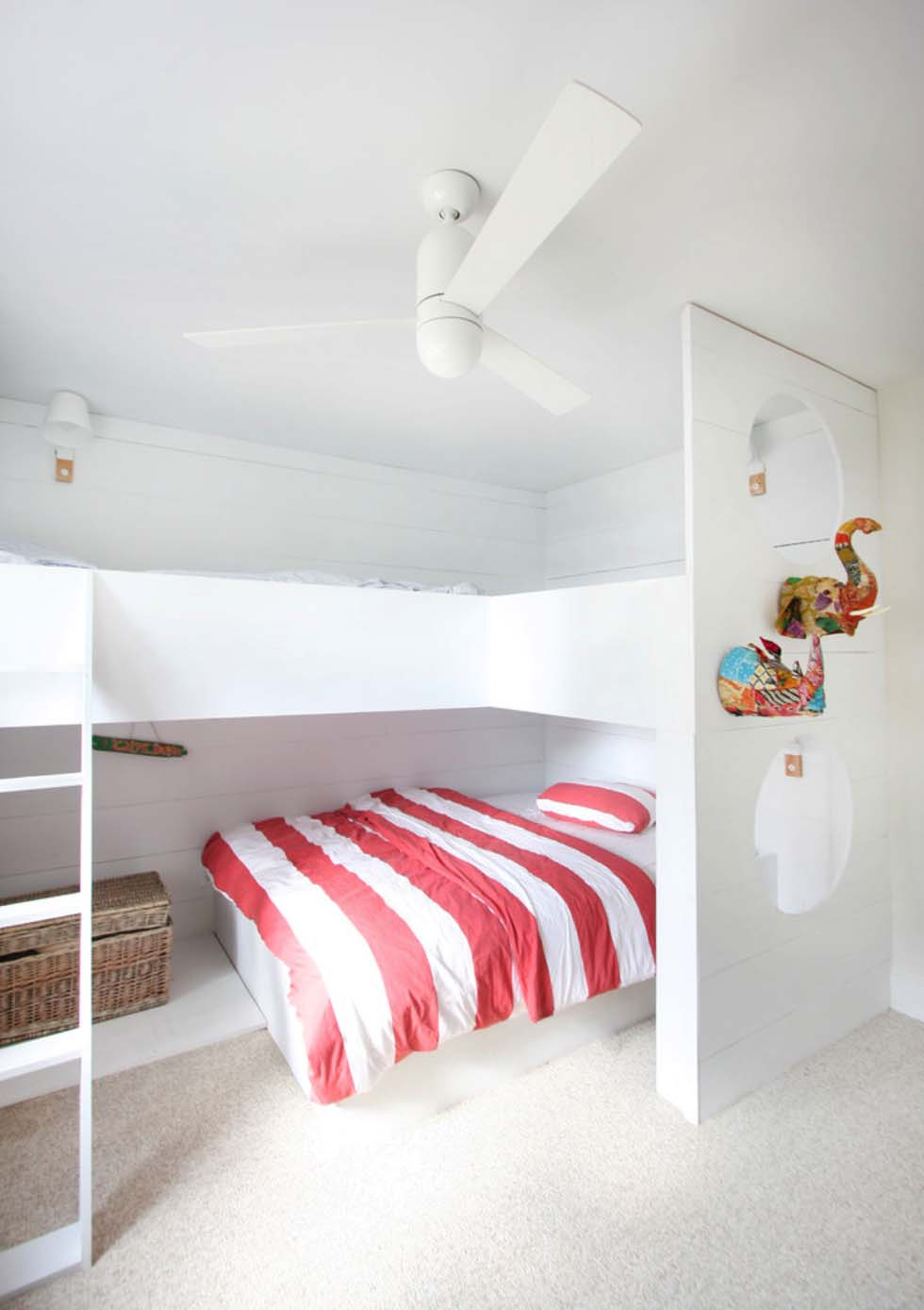 modern-beach-house-lisa-sherry-interieurs-25-1-kindesign