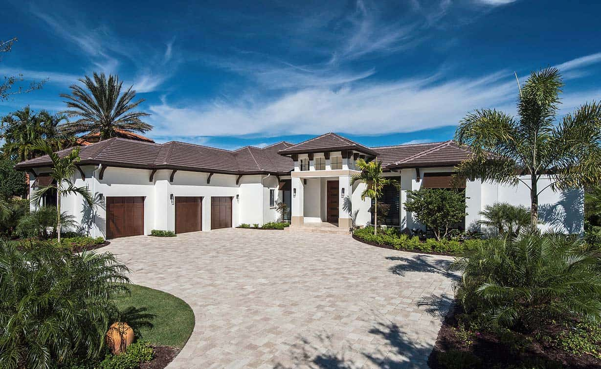 Custom estate home with elegant design features in naples for Modern custom homes